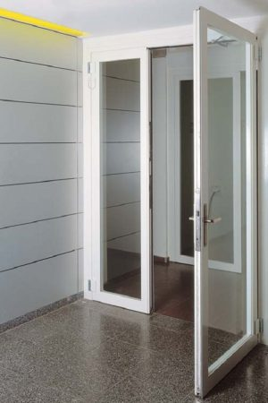 mau cua nhom kinh nha ve sinh 3 300x450 - Mẫu cửa nhôm kính nhà vệ sinh