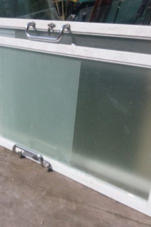 thanh ly cua nhom kinh cu 2 300x450 - Thanh lý cửa nhôm kính cũ