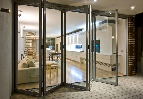 cua chinh nhom kinh dep 2 - Những lưu ý để lựa chọn cửa chính nhôm kính đẹp