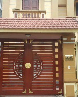 cua cong go nhua 300x373 - Cung cấp cửa cổng gỗ nhựa