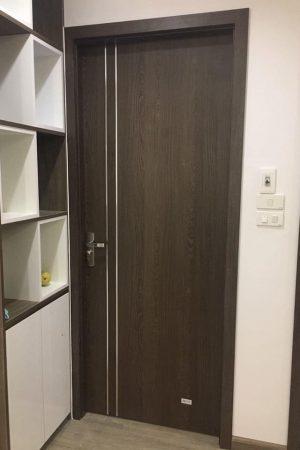 cua nhua go cong nghiep 300x450 - Cung cấp cửa gỗ nhựa công nghiệp