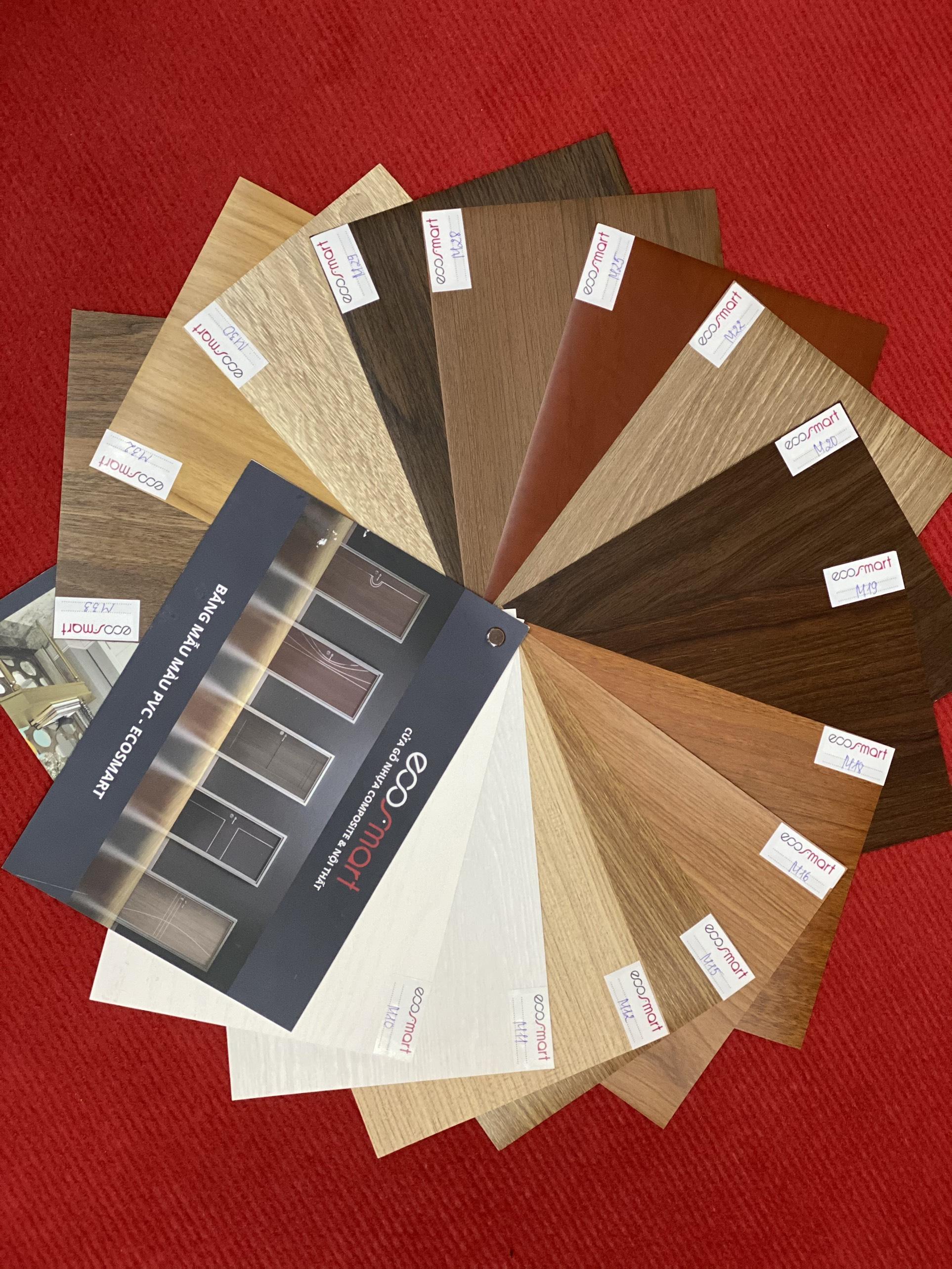 z2122569030946 8a3c4b0c09038e2dd67e0e2e5b8f7343 - ECOSMART - Thương hiệu cửa gỗ nhựa Composite thu hút nhiều khách thăm quan tại Vietbuild Hà Nội 2020