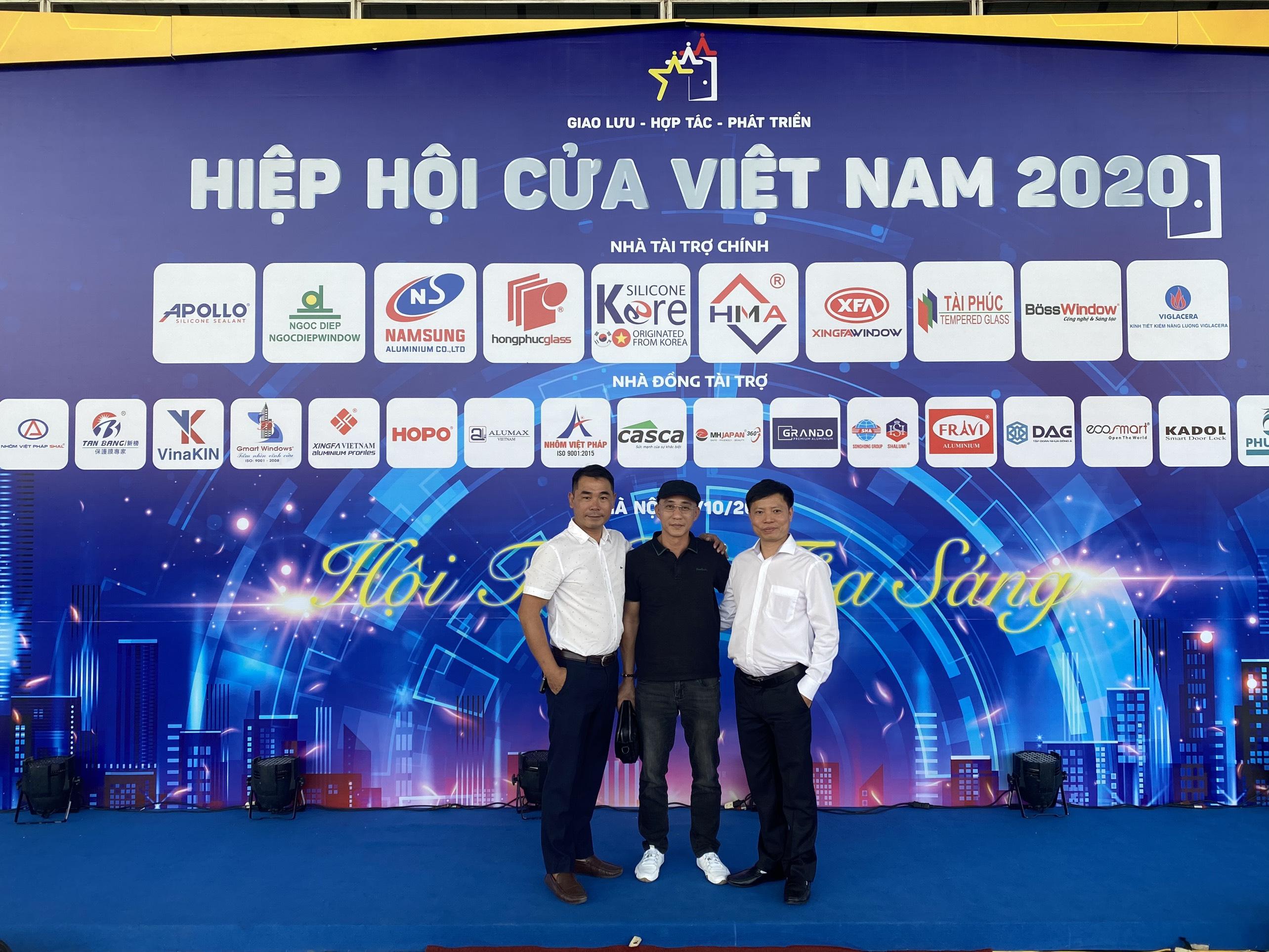 z2122585373581 1b15b4305714eb9db2fb4b7abe7b28b2 - ATA GROUP đồng tài trợ Đại hội thành lập Hiệp hội Cửa Việt Nam